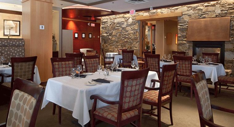 Hilton Whistler - The Grille at The Cinnamon Bear. Whistler, BC