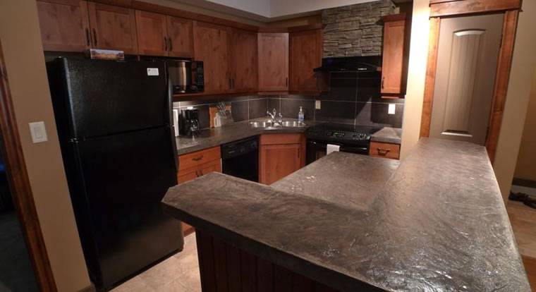 Invermere Private Accommodation - Kitchen. Invermere, BC