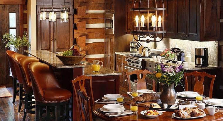 Eagle Ranch Luxury Chalets - Cottage kitchen. Invermere, BC