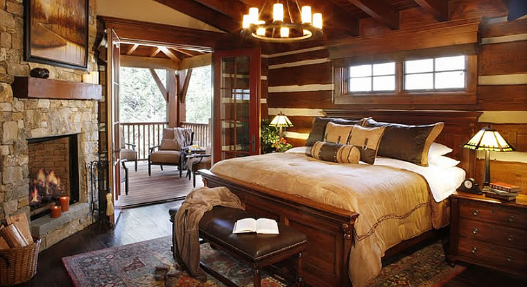 Eagle Ranch Luxury Chalets - Bedroom. Invermere, BC