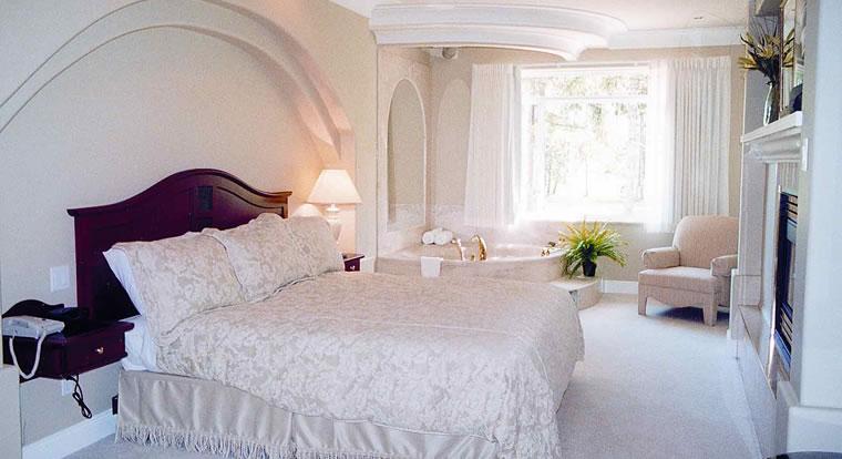 Crown Isle Resort - Bedroom. Courtenay, BC