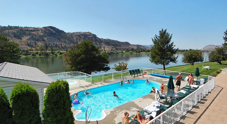 South Thompson Inn & Conference Centre - Pool