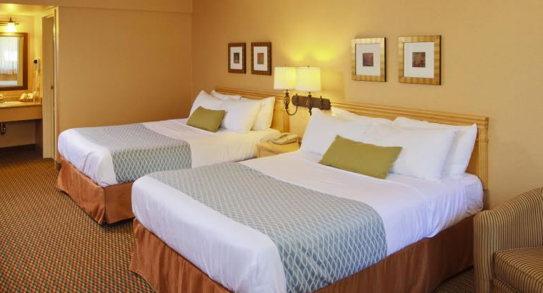 A comfortable stay awaits at Accent Inn Kamloops, BC