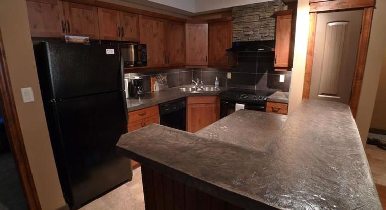 Invermere Private Accommodation - Kitchen. Invermere, BC